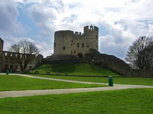 1024px-Dudley_Castle_-England-8